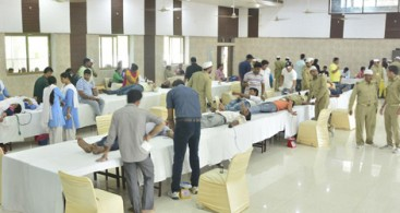 270 DEVOTEES DONATE BLOOD IN GHAZIABAD
