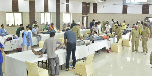 270 DEVOTEES DONATE BLOOD IN GHAZIABAD