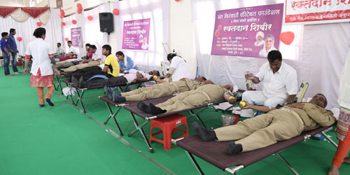 camp for donating blood